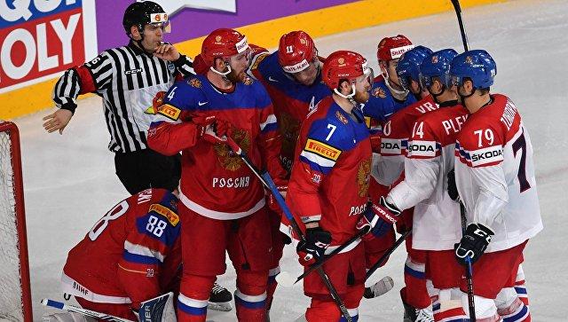 Игровой момент в матче 1/4 финала чемпионата мира по хоккею 2017 между сборными командами России и Чехии. Архивное фото