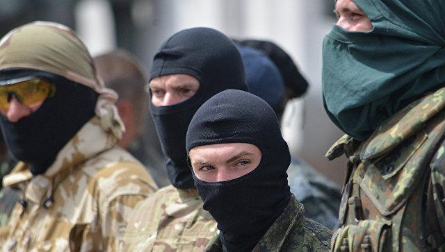 Украинские силовики в Донбассе. Архивное фото