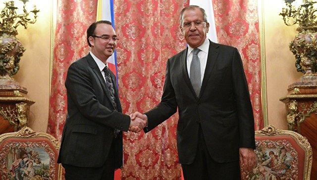 Министр иностранных дел Филиппин назвал Лаврова «гигантом дипломатии»