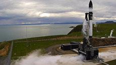 Запуск ракеты Электрон на стартовой площадки в Новой Зеландии, 25 мая 2017