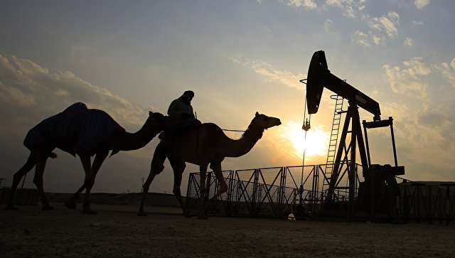 Нефть резко упала вцене после решения ОПЕК