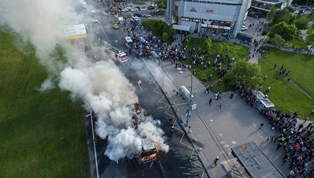 Уметро «Юго-Западная» в столице России зажегся автобус