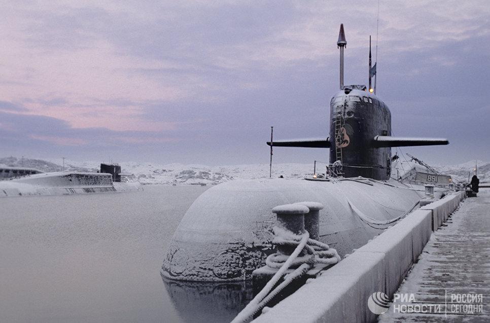 Атомная подводная лодка того же класса, что и Курск (К-141). Северный флот ВМФ России
