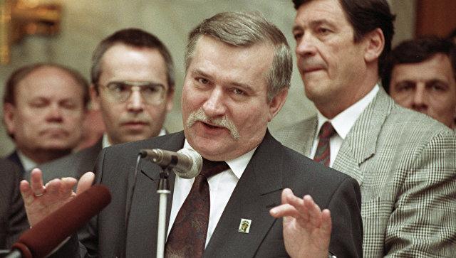 Прежнего президента Польши подозревали впубликации секретных документов