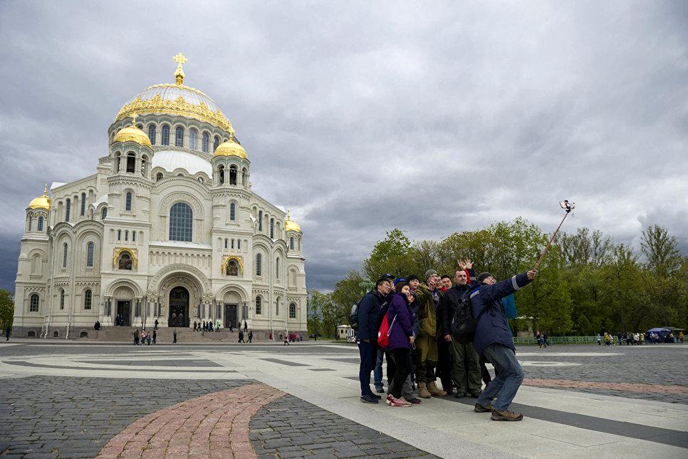 Участники экспедиции РГО Гогланд-2017 посетили Морской собор в Кронштадте