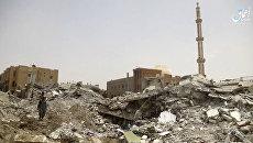 Последствия авиаударов коалиции во главе с США по позициям ИГ на севере Ракки, Сирия