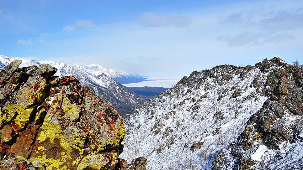 Снег тут лежит 160–200 дней в году и лишь на побережье не более 100 дней