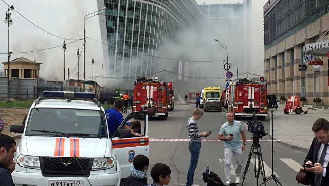 При пожаре на складе возле Киевского вокзала в Москве погибли два человека