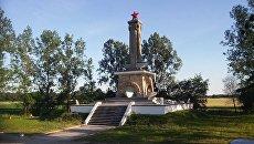 Памятник советским воинам в Миколине, Польша