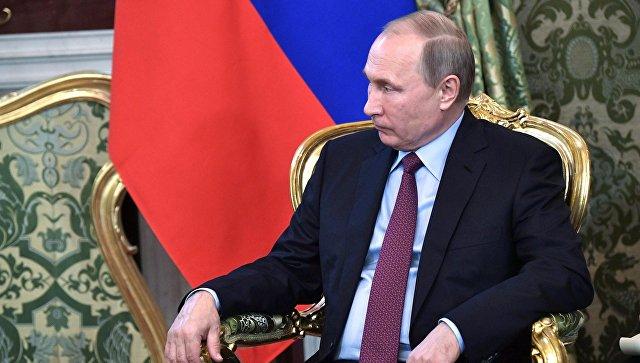Президент РФ Владимир Путин во время официальной встречи с президентом Бразилии Мишелом Темером. 21 июня 2017