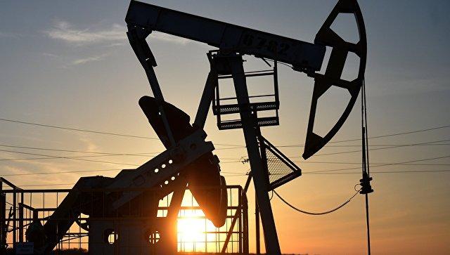 Нефть растет на торгах после подрыва нефтепровода в Бахрейне