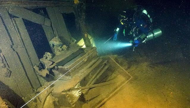 Водолазы обследовали фрегат Олег и нашли два затонувших корабля XIX века