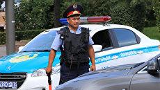 Сотрудник полиции в Казахстане. Архивное фото