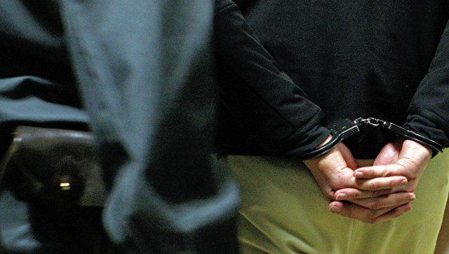 В России мужчина зарубил топором четырех человек из-за проигрыша в карты