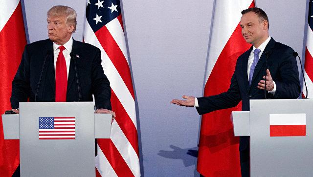 Президент Польши попросит уТрампа больше американских солдат