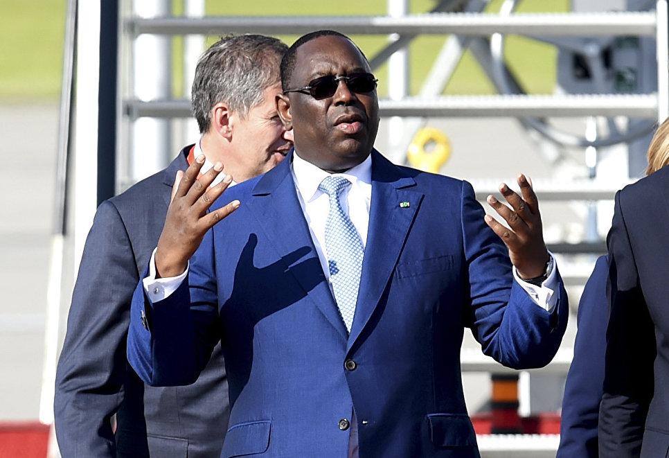 Президент Сенегала Маки Салл в аэропорту Гамбурга