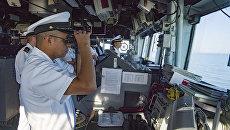 Экипаж корабля ВМС США USS Hue City. 10 июля 2017