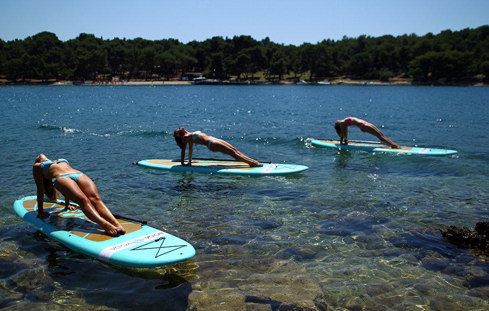 Йога-практика на воде