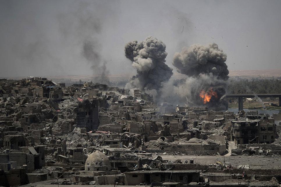 Авиаудары в Мосуле, Ирак. 11 июля 2017