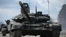 Основные боевые танки Т-90 А. Архивное фото
