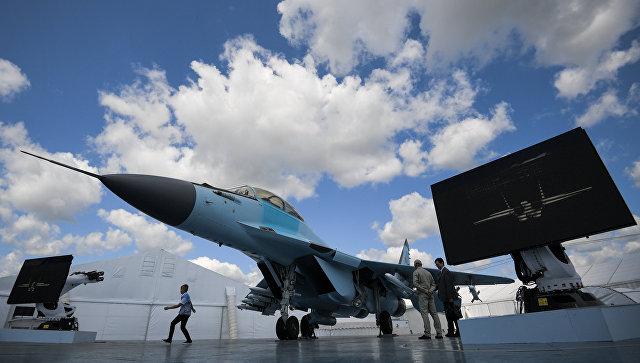 Многоцелевой фронтовой истребитель МиГ-35, представленный на Международном авиационно-космическом салоне МАКС-2017 в подмосковном Жуковском.