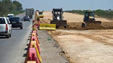 Дорожная техника на строительстве участка трассы Таврида