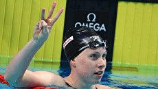 Лилли Кинг после соревнования по плаванию на дистанции 50 м брассом среди женщин на XVII чемпионате мира по водным видам спорта в Будапеште. 30 июля 2017