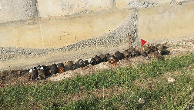 Снаряды, разлетевшиеся после подрыва складов в посёлке Приморский, Абхазия. 3 августа 2017