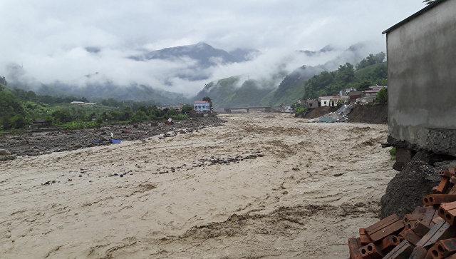 Потоп в северной провинции Сон Ла, Вьетнам. 3 августа 2017