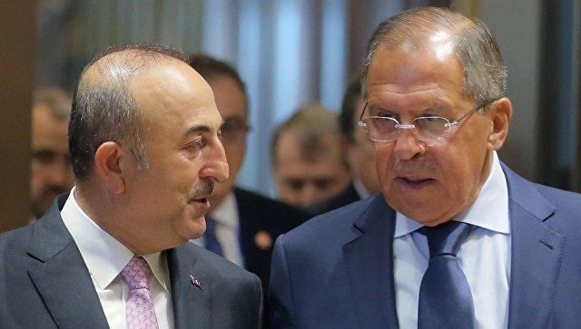 Сергей Лавров и министр иностранных дел Турции Мевлют Чавушоглу. Архивное фото