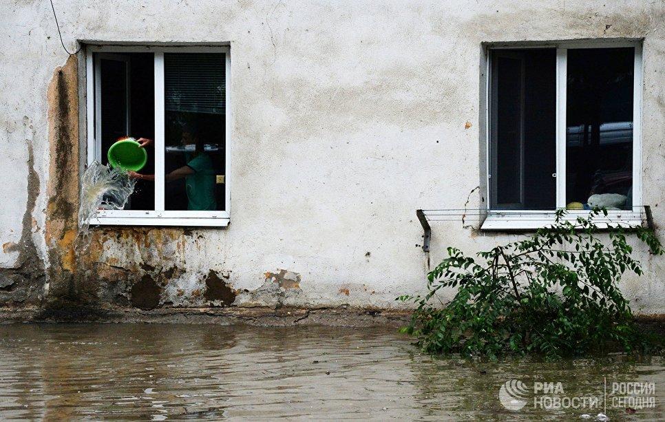 Подтопленный дом в Уссурийске. 7 августа 2017