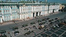 Танки на Дворцовой: бронетехнику времен ВОВ показали в Санкт-Петербурге