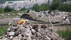 Средневековый некрополь в горах Бахчисарайского района Крыма