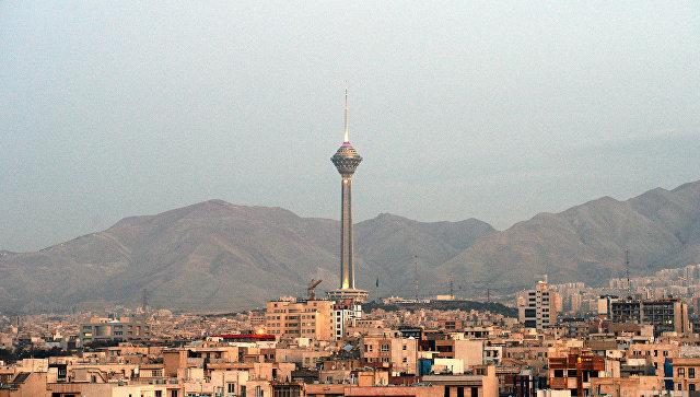 Иран примет меры и ответит на враждебные действия США, заявили в МИД