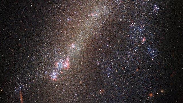 Галактики IC 1727 и NGC 672, столкнувшиеся в недавнем прошлом