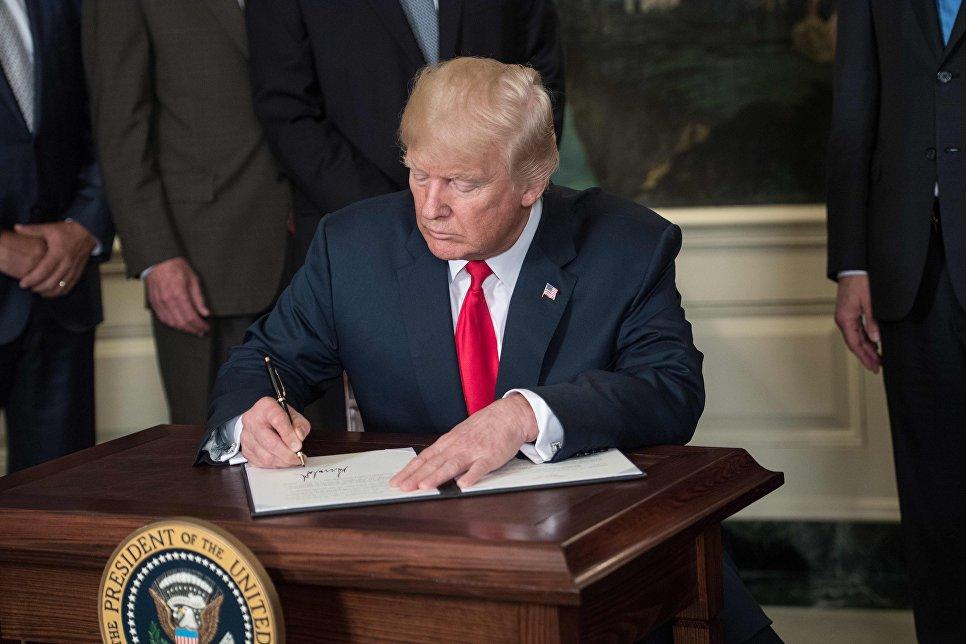 США начали расследование вероятных нарушений Китаем прав американских компаний