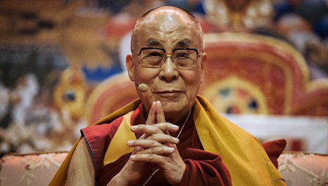 Духовный лидер буддистов Далай-лама XIV. Архивное фото