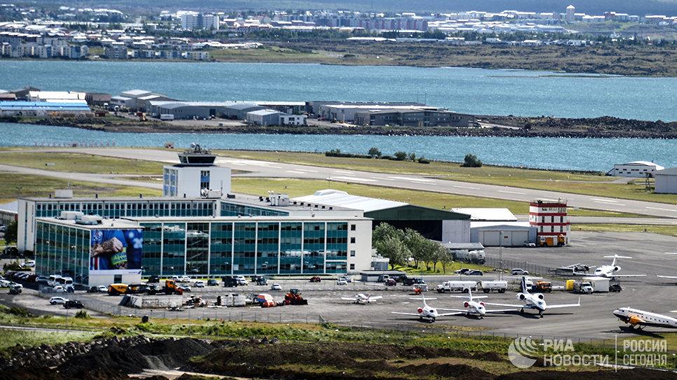 Аэропорт в городе Рейкьявике. © РИА Новости / Алексей Филиппов