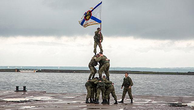 Морской бой, высадку десанта ивыставку техники покажут гостям форума «Армия-2017»