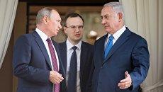 резидент РФ Владимир Путин и премьер-министр Израиля Биньямин Нетаньяху. Архивное фото