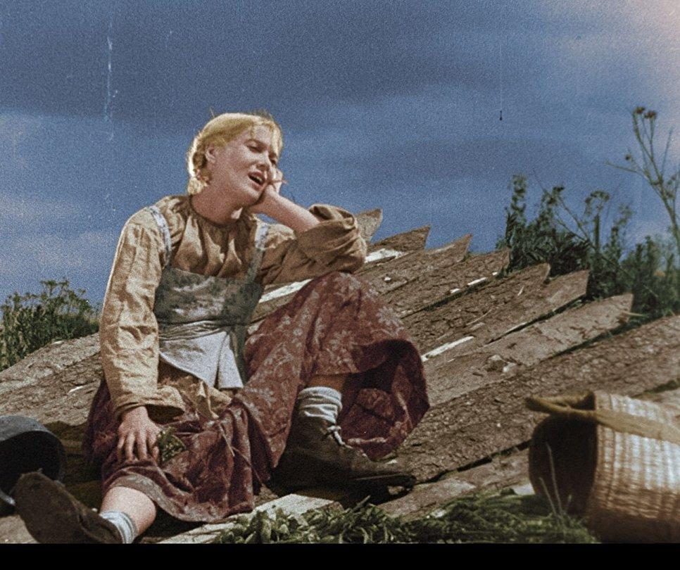 Любовь Орлова в цветной версии музыкальной комедии Веселые ребята