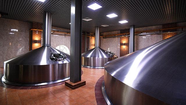 Варочный цех на пивоваренном заводе. Архивное фото