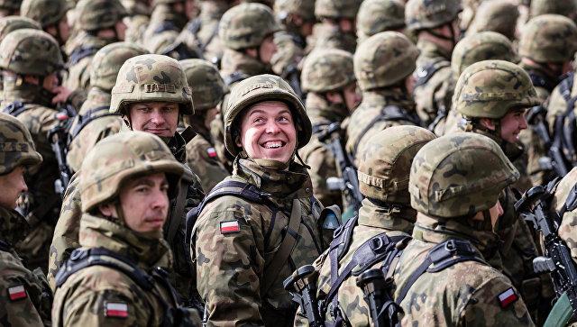 Польские солдаты во время учений в Оржише.