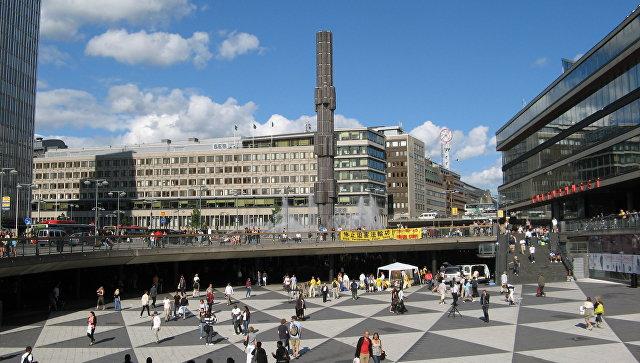 В Швеции поезд столкнулся с бронетранспортером