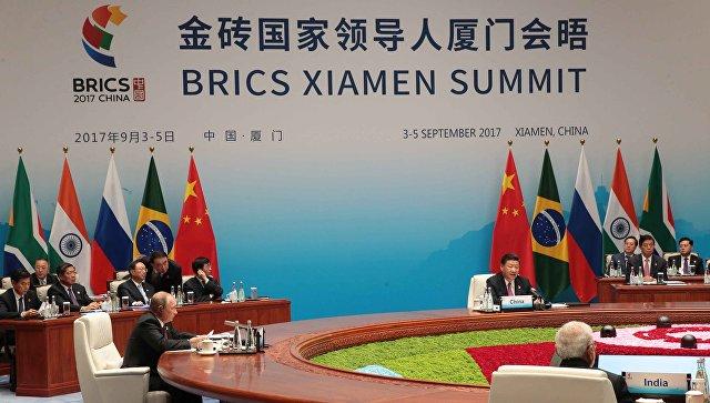 Страны БРИКС призвали выполнять обязательства поплану действий поИрану