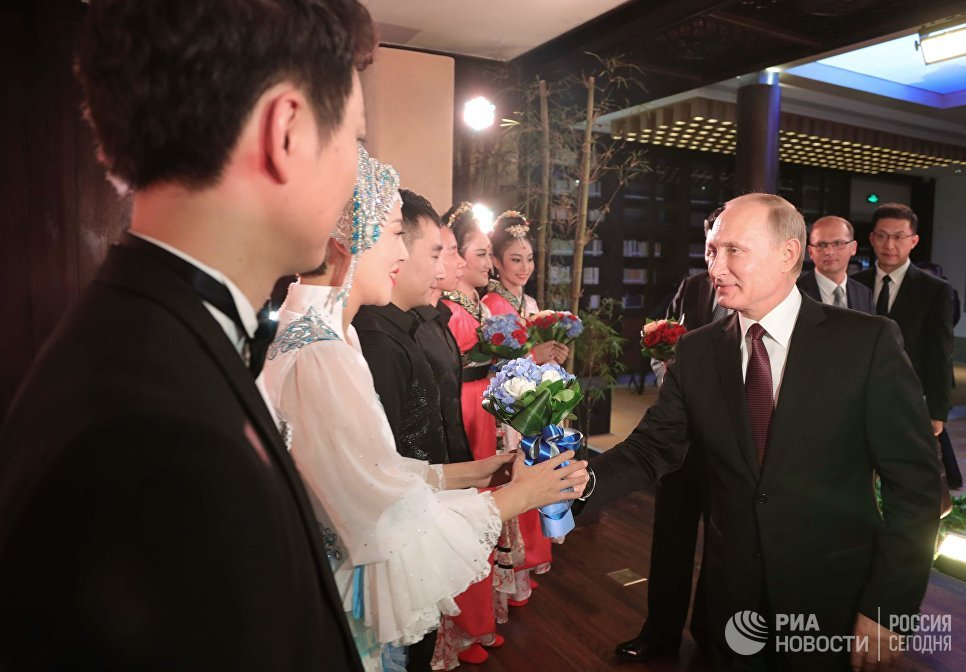 3 сентября 2017. Президент РФ Владимир Путин на концерте в Сямэне