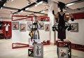 Экспонаты на открытии международной выставки Мода – народу! От конструктивизма к дизайну в музейно-выставочном центре Рабочий и Колхозница в Москве