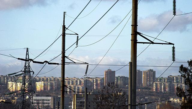 Линии электропередач в Симферополе. Архивное фото