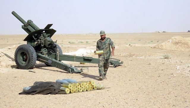 Сирийский военный в окрестностях Дейр-эз-Зора