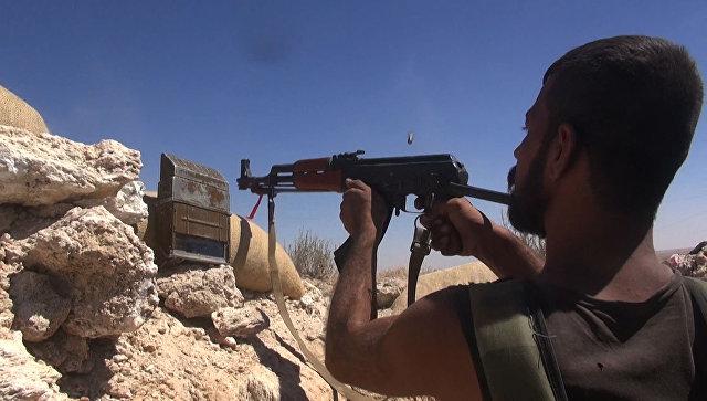 Сирийские военные зачищают от ИГ* территорию вокруг аэродрома Дейр-эз-Зора